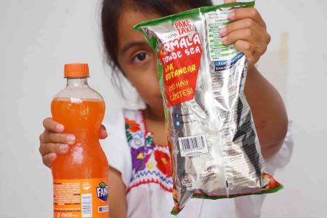 Prohíben en Oaxaca vender comida chatarra a niños