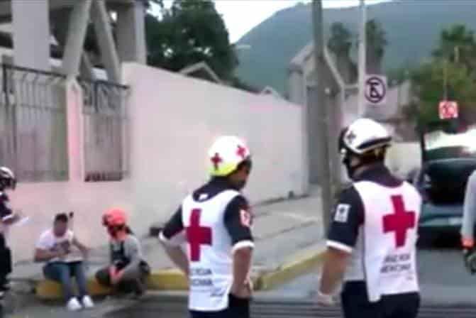 El accidente se registró en los carriles laterales de Morones Prieto y la calle Martín de Zavala