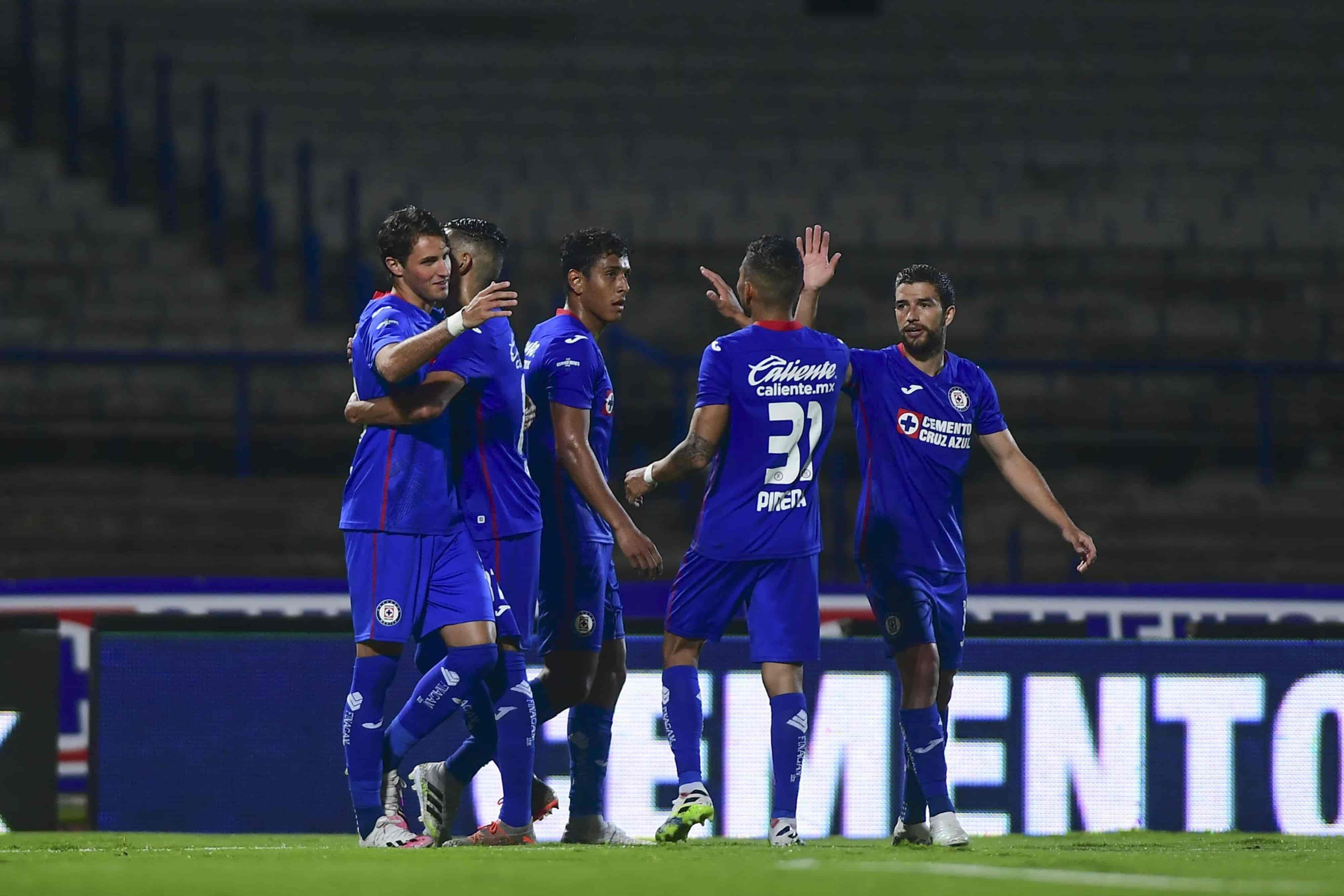 Vence Cruz Azul de local 2-0 al León