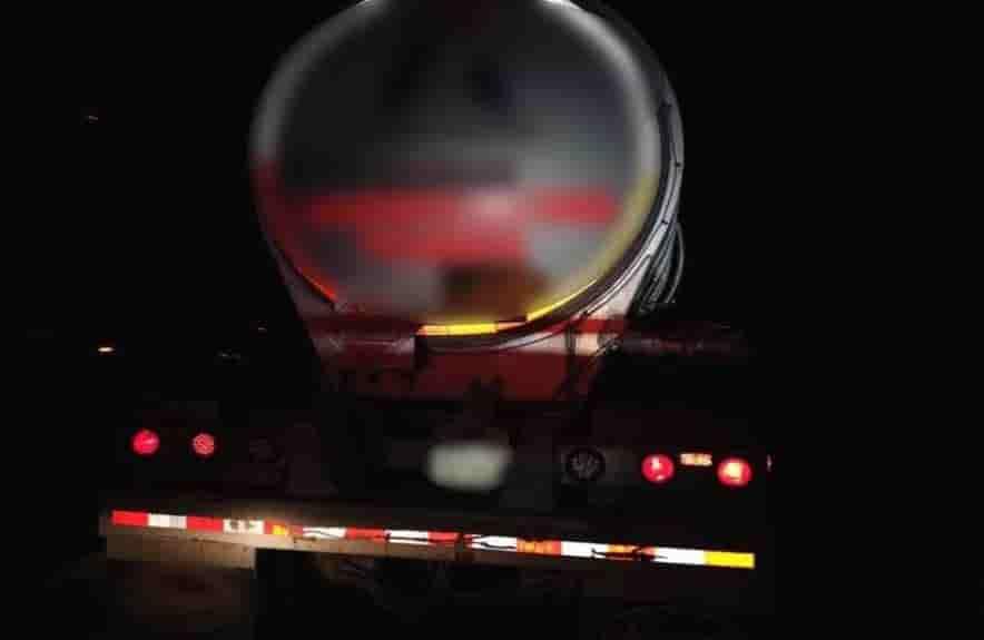 Transportaban más de 30 mil litros de gasolina robada en una pipa