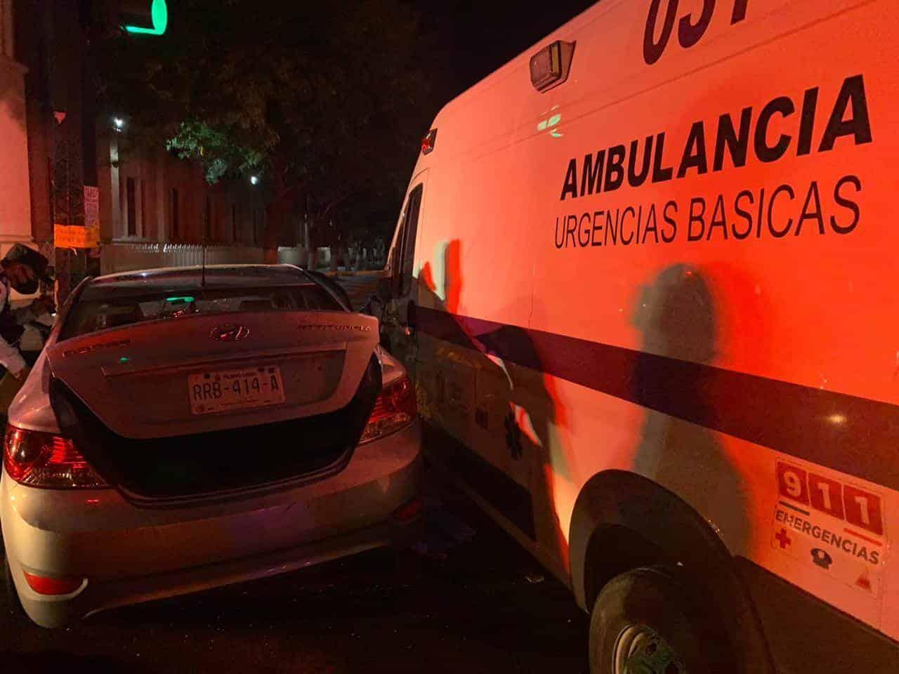 La mujer falleció en el hospital, luego del choque de crucero