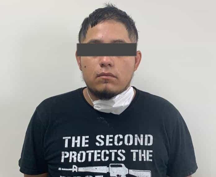 Los efectivos de la policía cumplimentaron la orden de aprehensión contra Adrián