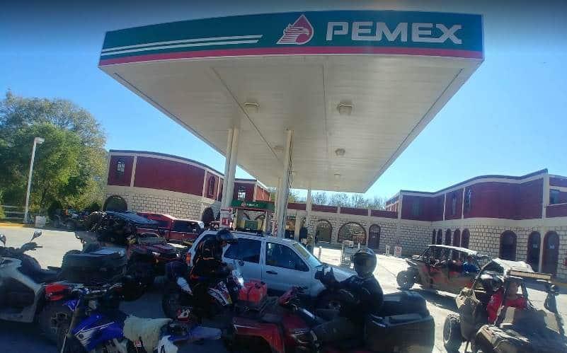 El comando armado asaltó con lujo de violencia dos gaseras y una gasolinera