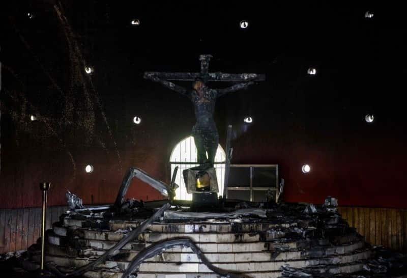 Iglesia no descarta investigación sobre ataque