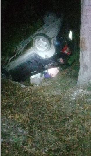 La volcadura dejó un saldo de una mujer sin vida y tres integrantes de su familia con lesiones graves