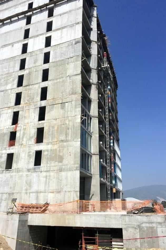 El contratista murió al desplomarse del noveno piso de una Torre en construcción