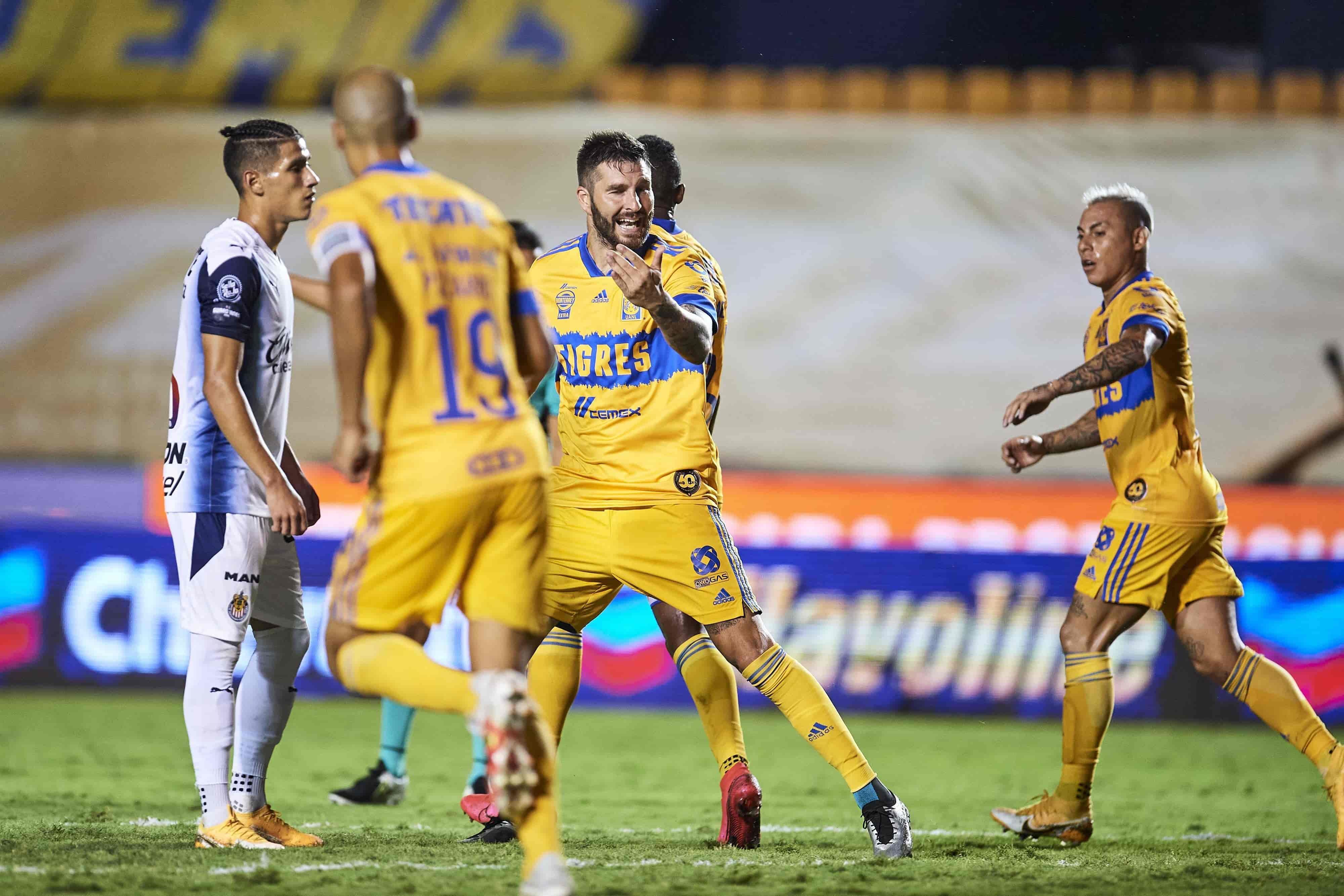 Tigres 1 - 3 Chivas