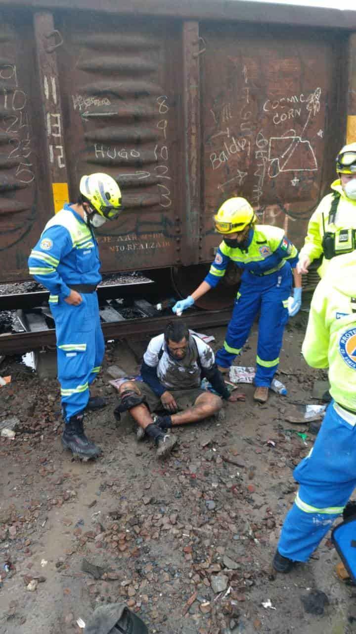 Resultó con diversas lesiones al ser atropellado por el tren