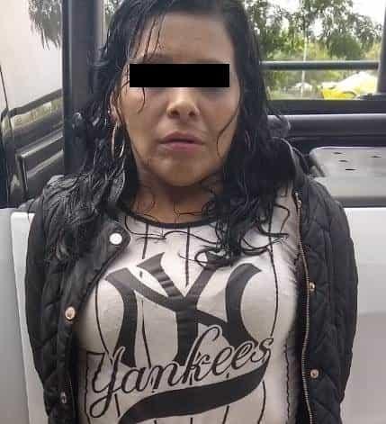 La pareja fue detenida luego de robar a tres personas en un mercado rodante