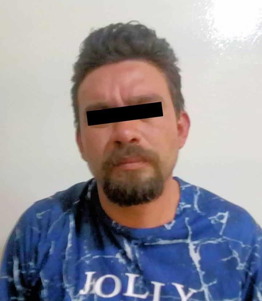 El trailero que causó ayer daños a una caseta de cobro del Anillo Periférico en García