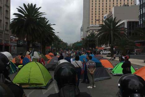 Frente Anti AMLO. Se manifiestan contra el gobierno federal