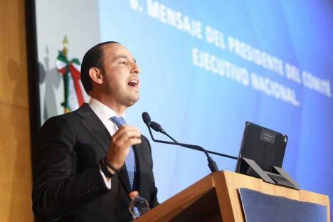 PAN pide apoyar consulta para ingreso básico universal