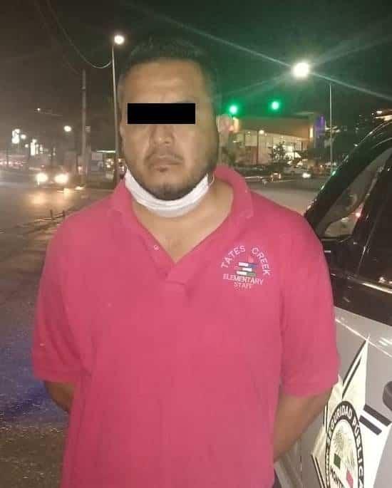El taxista fue arrestado luego de asaltar a su pasajera