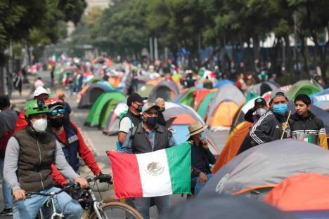 FRENAAA es un grupo fascista que busca romper estabilidad