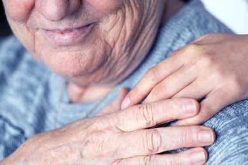 Identificar síntomas de Alzheimer mejora calidad de vida