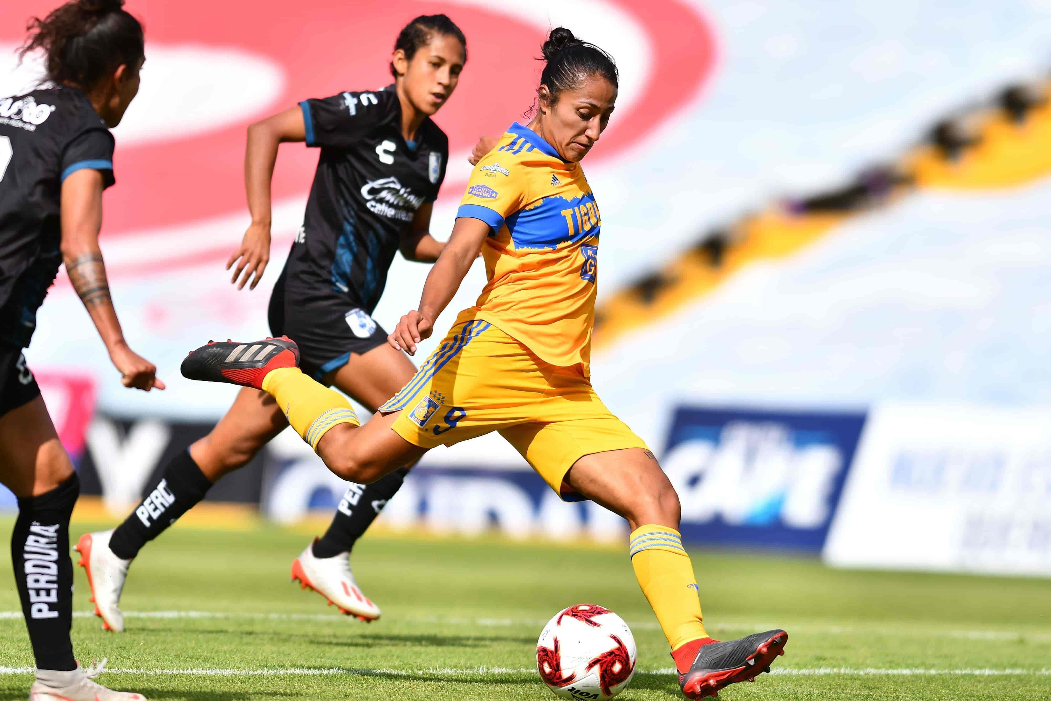 Querétaro 1-3 ante Tigres