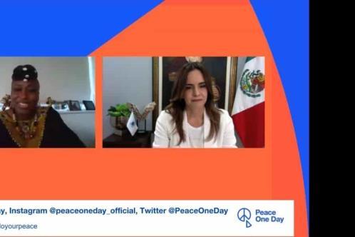 Participa Clara Luz en foro mundial por la Paz