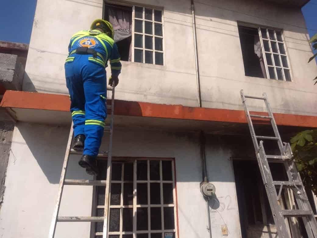El incendio se registró en un domicilio de Mártires de Cananea