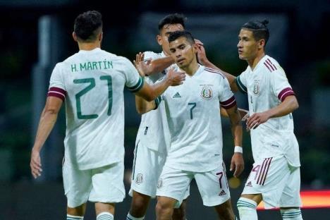 México derrotó 3-0 a Guatemala en su primer partido del 2020