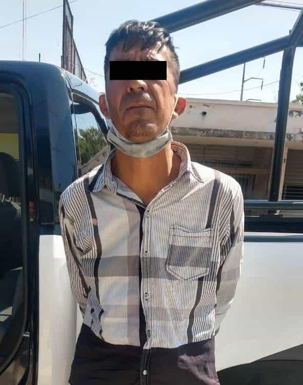 Lo arrestaron luego de sustraer diversa mercancía de una farmacia