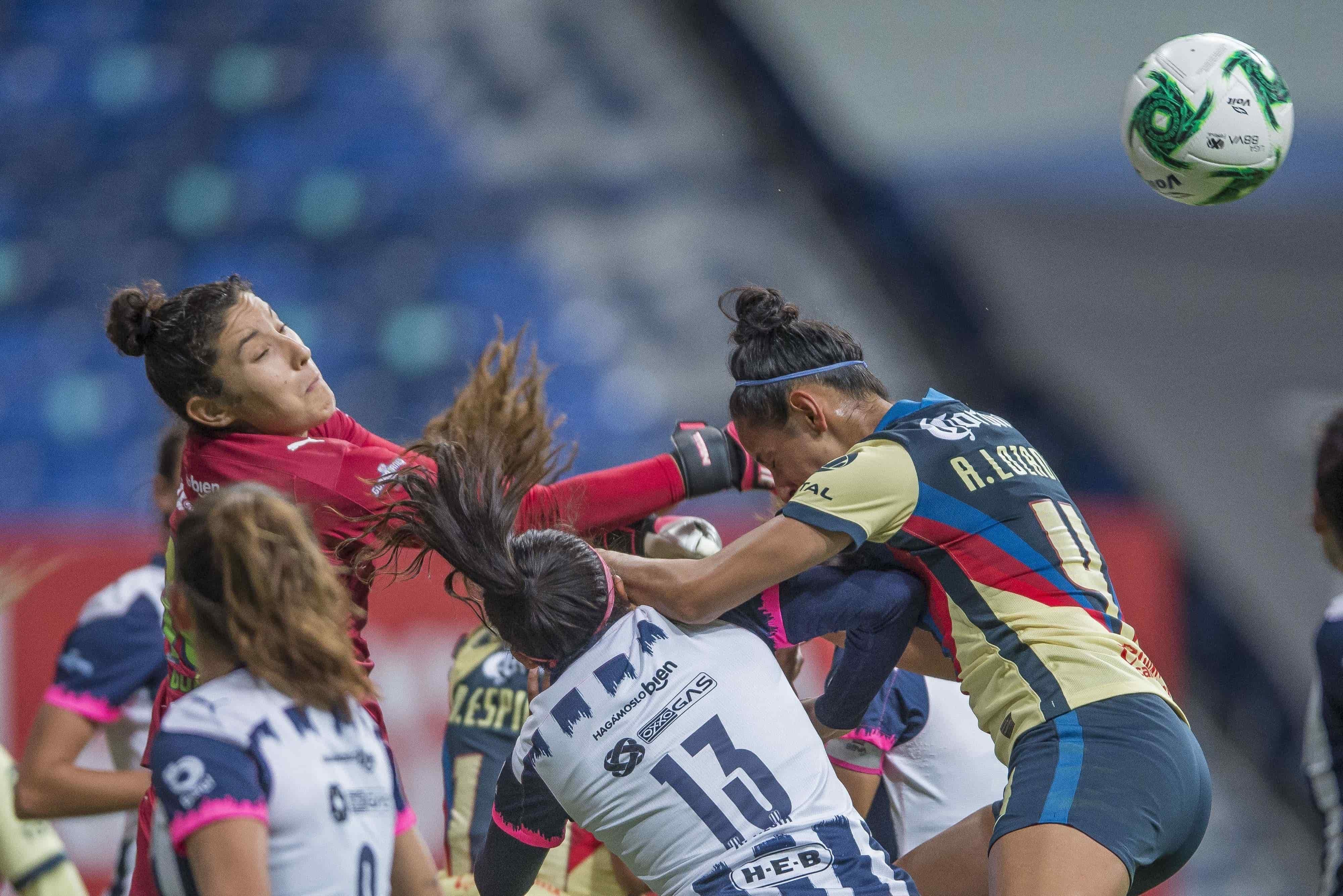 El partido terminó Rayadas 3–2 América
