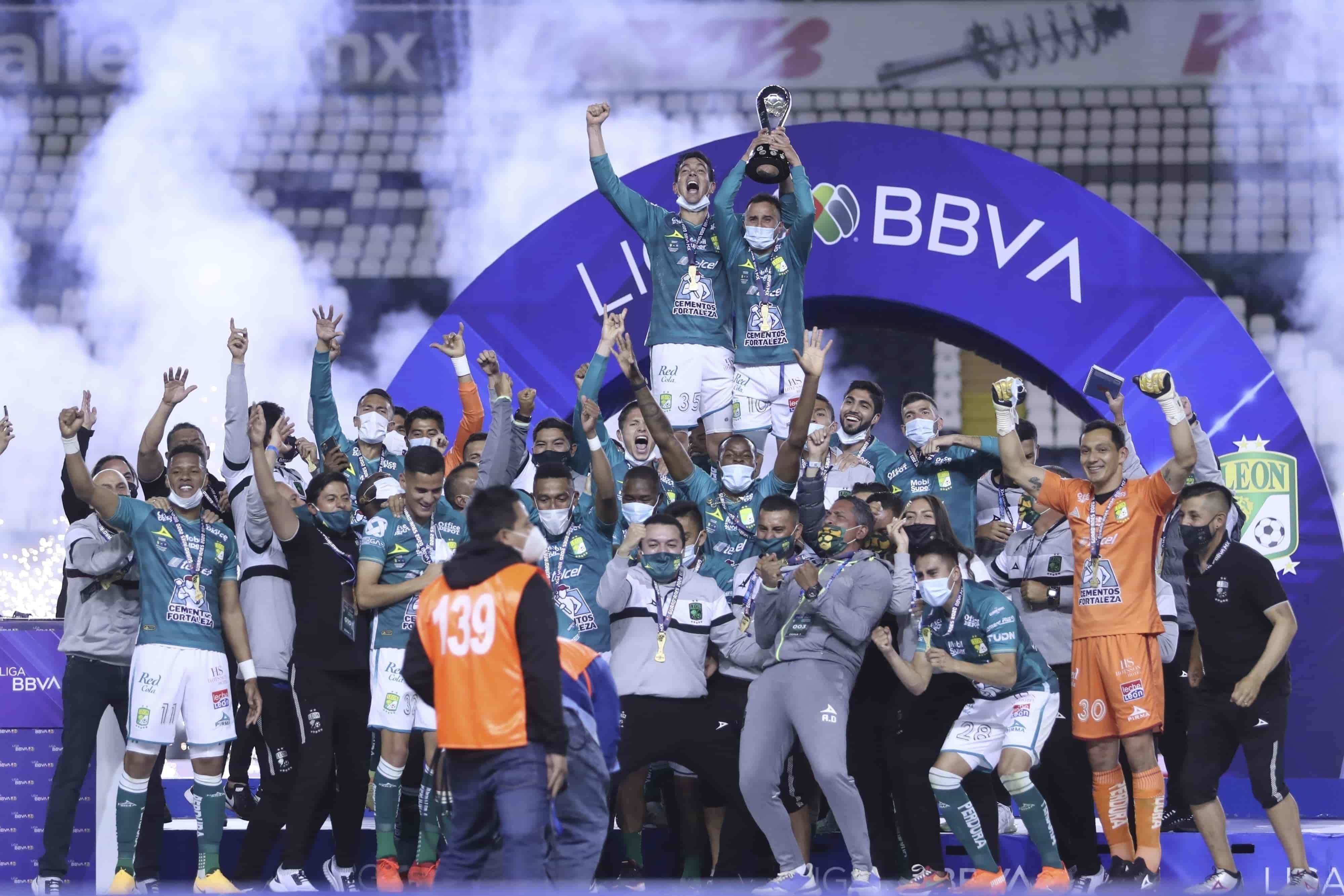 León 2-0 Pumas marcador final del partido