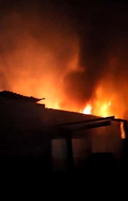 Lograron controlar el incendio luego de 12 horas de trabajo
