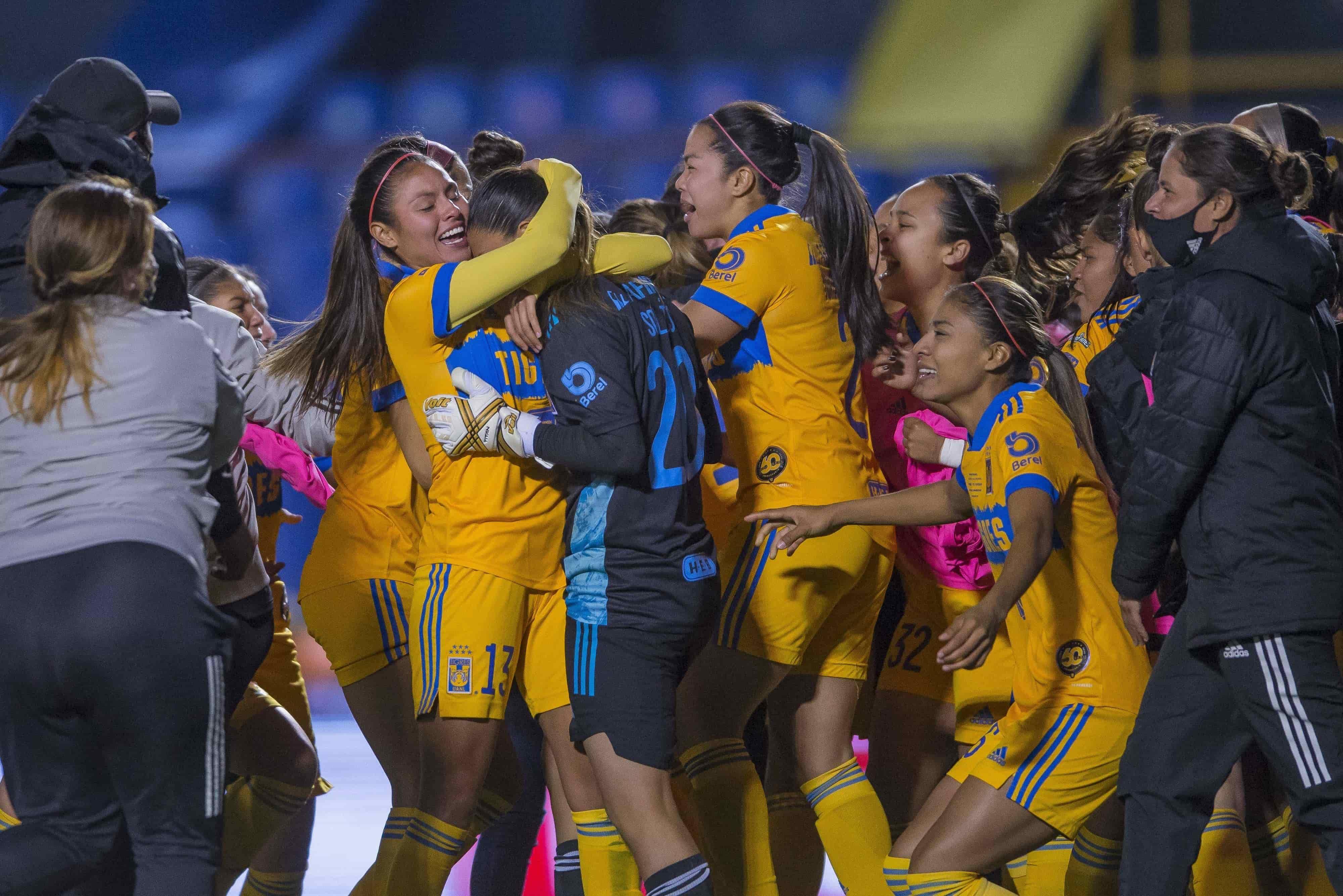 Tigres Femenil Campeonas del Guard1anes 2020
