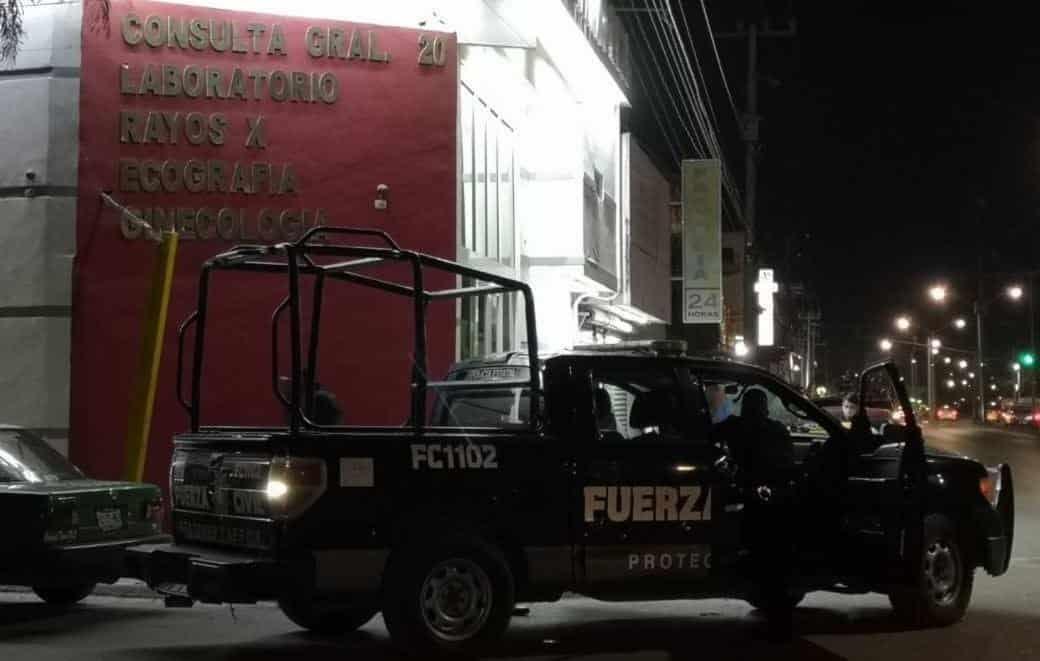 Un taxista fue atacado a balazos al resistirse a ser atracado por dos delincuentes