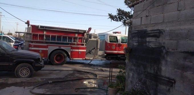 Se reportó un incendio de una vivienda de Apodaca