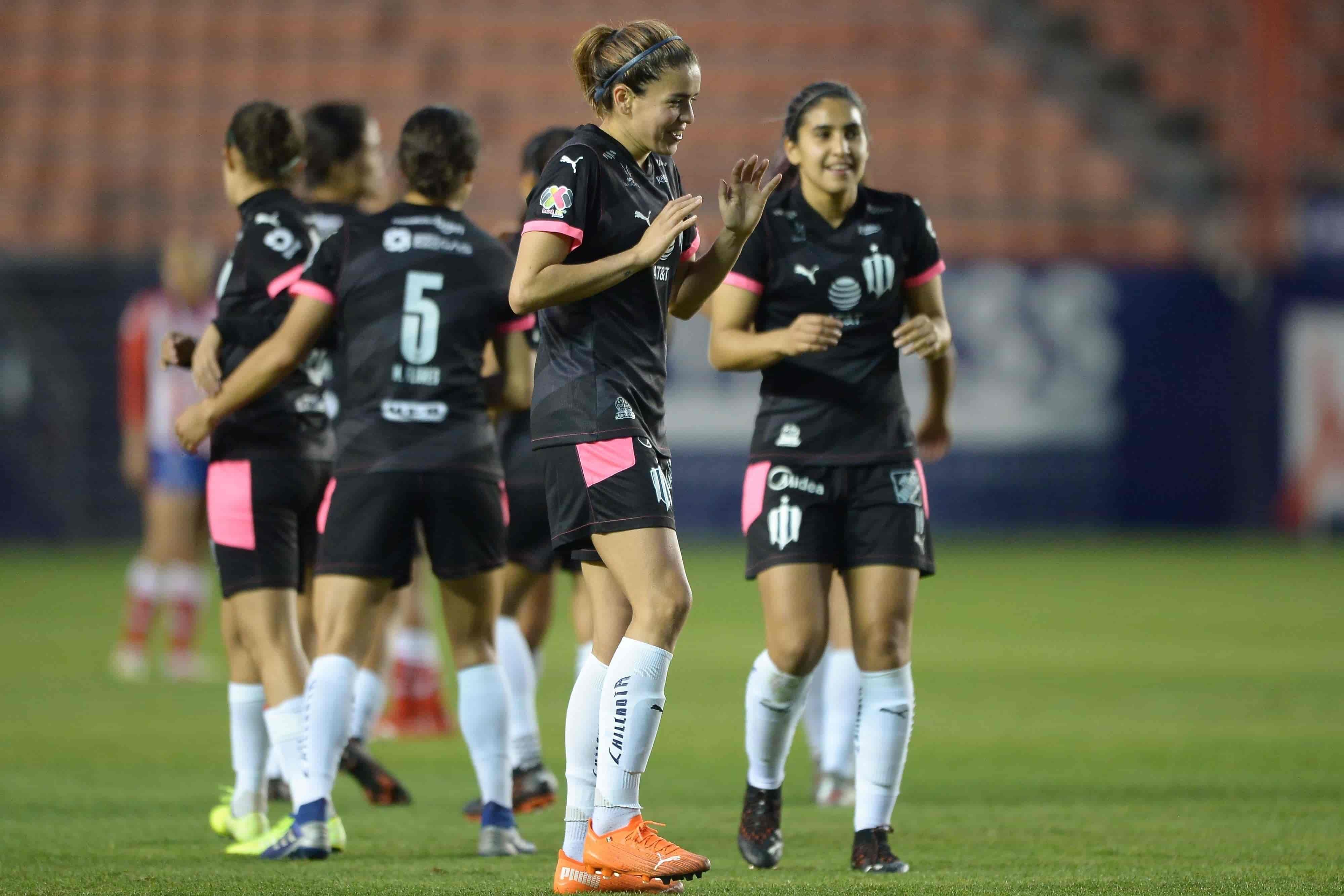 Golean Rayadas 5-0 a San Luis