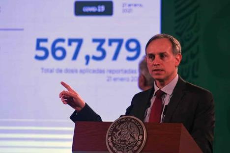Aplican 567 mil 379 vacunas; sólo hay 34 reacciones graves