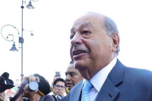Carlos Slim Helú tiene Covid