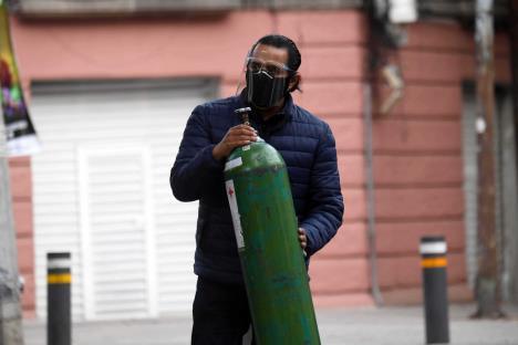 Delincuencia está metida en los tanques de oxígeno: Sánchez