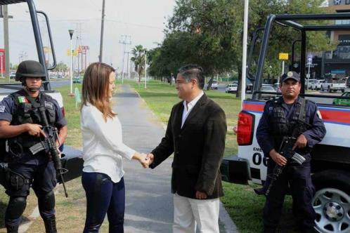 Invita Clara a Víctor Fuentes a sumarse a su proyecto