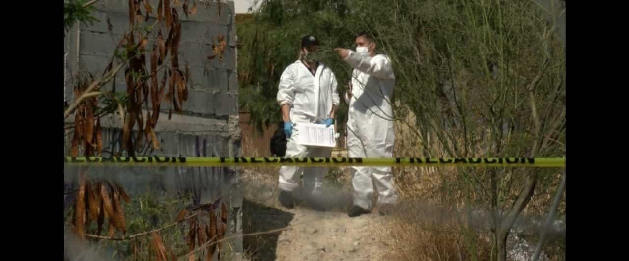 El cadáver de un hombre ejecutado a balazos fue encontrado en un arroyo ubicado de Santa Catarina