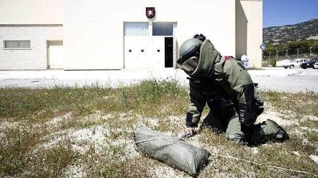 El reporte de un posible artefacto explosivo, provocó la movilización de los puestos de socorro