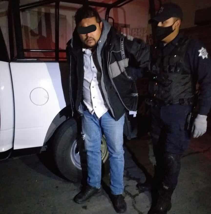 Lo detuvieron con un arma de fuego y algunos gramos de droga