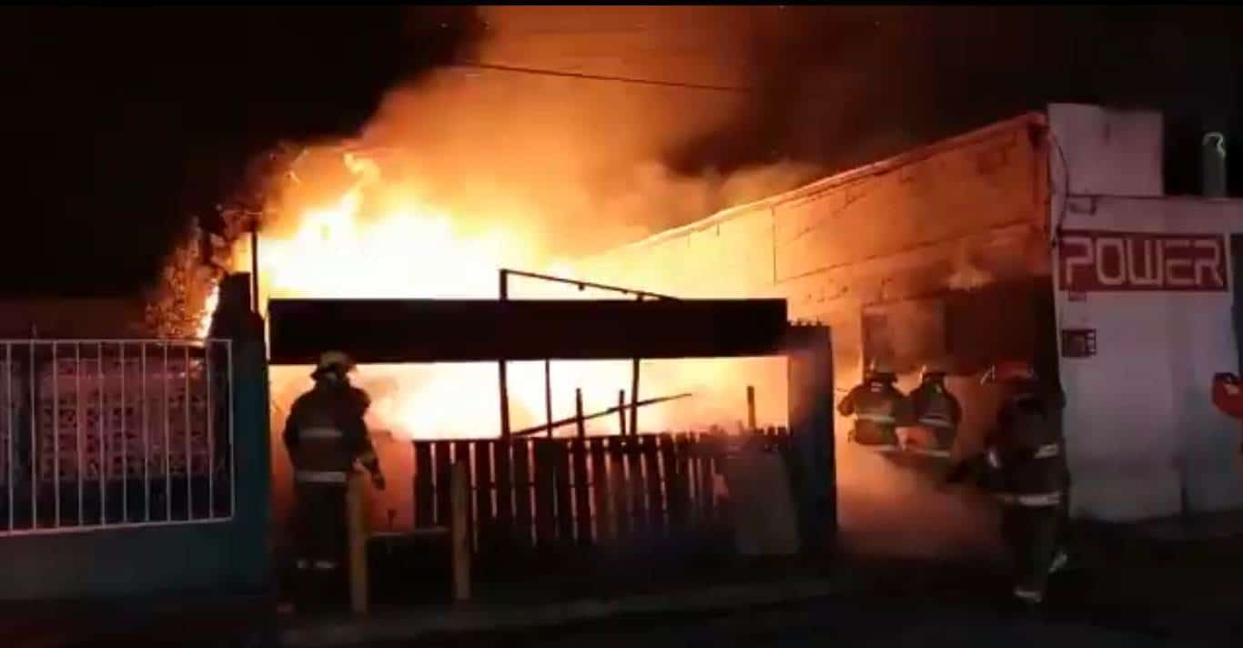 Reportaron el incendio de un casa de madera en la Moderna