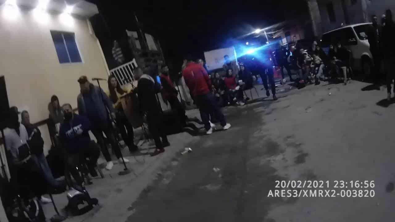 Una fiesta en la que había más de 60 personas reunidas, fue suspendida