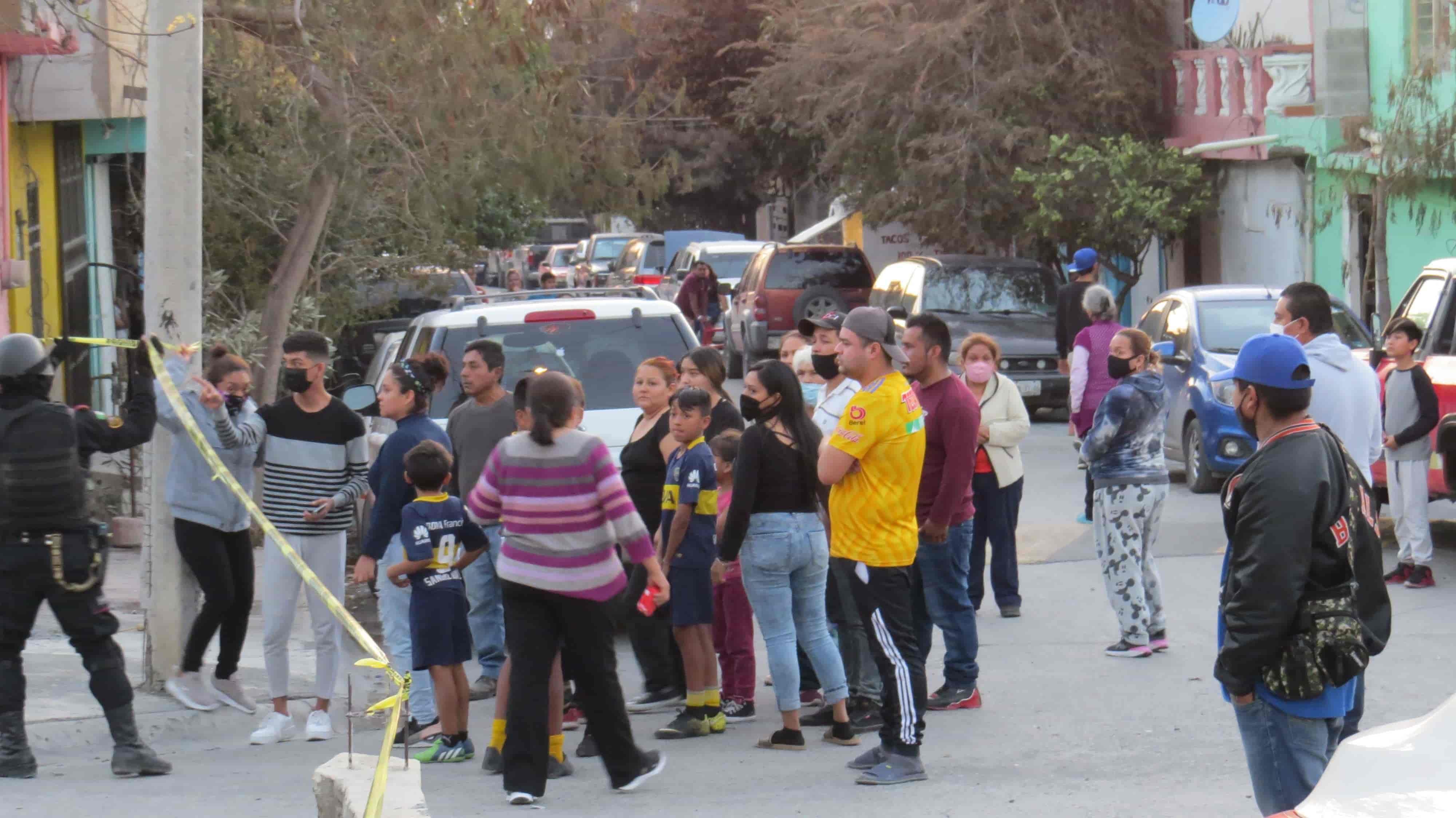 Se reportó la muerte de un hombre baleado el domingo frente a un domicilio en la Colonia Fomerrey 35