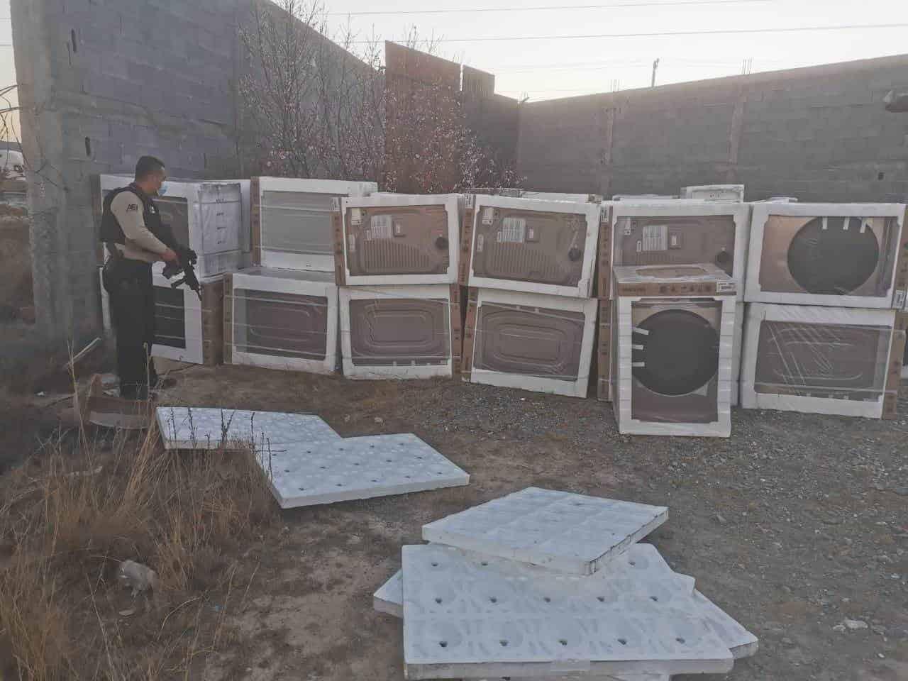 Recuperaron más de 100 lavadoras y secadoras robadas en Coahuila junto con el tractocamión en el cual eran trasladadas