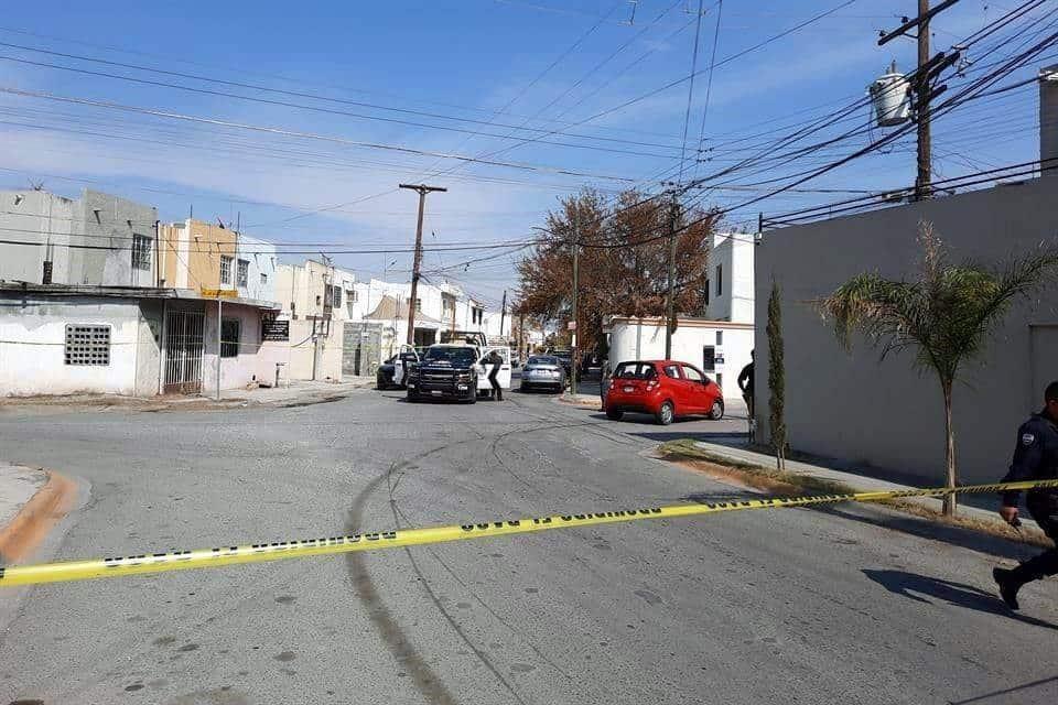 Reportaron un intento de ejecución en contra de un hombre que viajaba en un automóvil