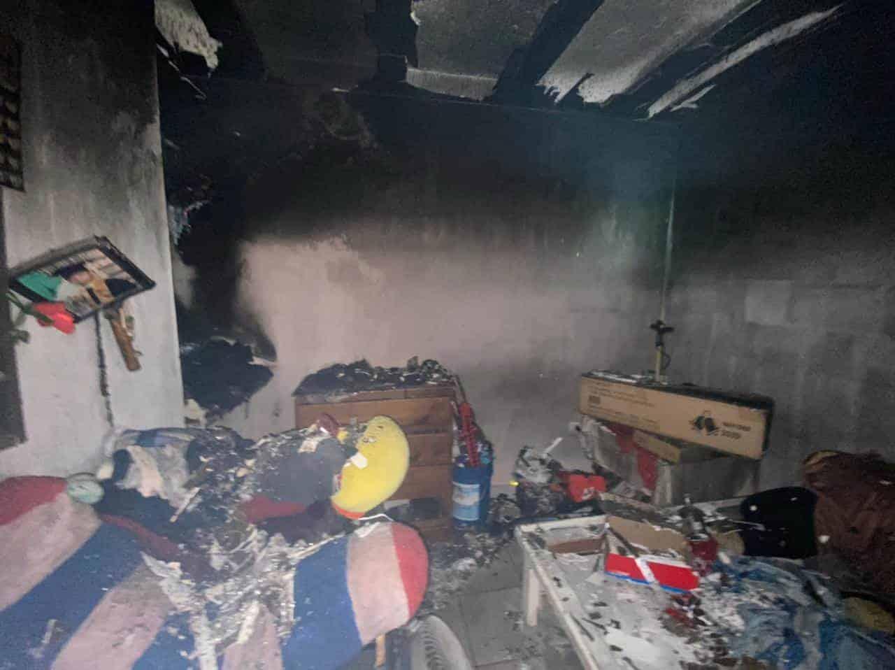El incendio presuntamente fue provocado tras registrarse una riña en el sitio