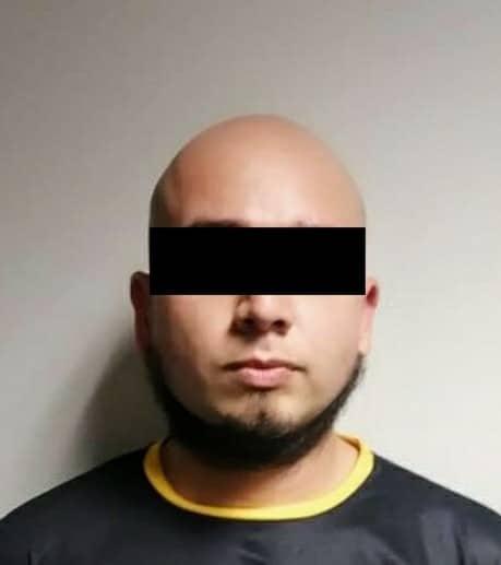 Una persona arrestada, así como el aseguramiento de droga y diversos objetos, fue el resultado de un cateo