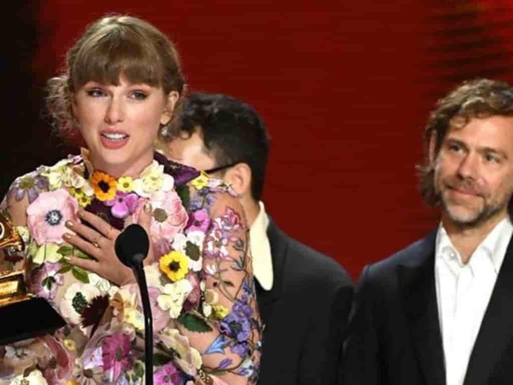 Taylor Swift es la primera mujer que gana tres veces el Grammy a álbum del año.