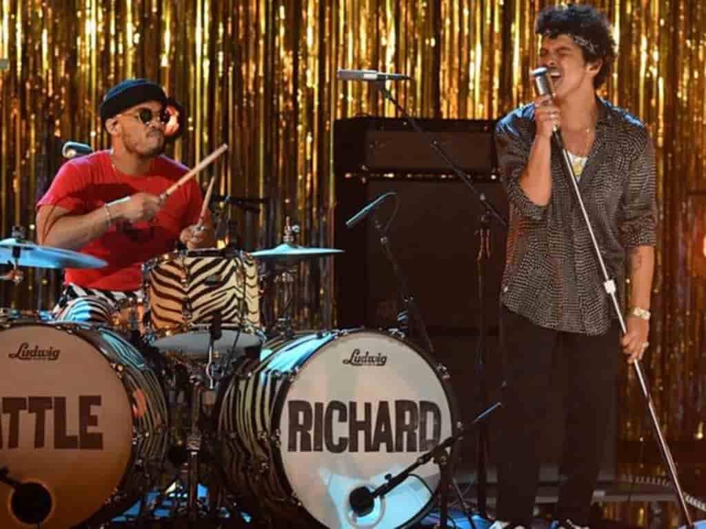 Bruno Mars ofreció una celebrada actuación.