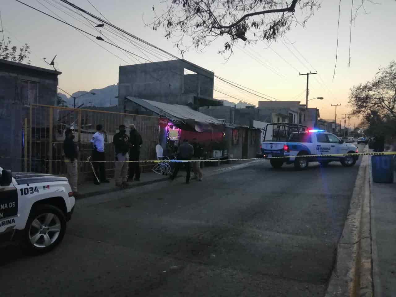 Un hombre que cuenta con antecedentes penales por delitos contra la salud, fue atacado a balazos