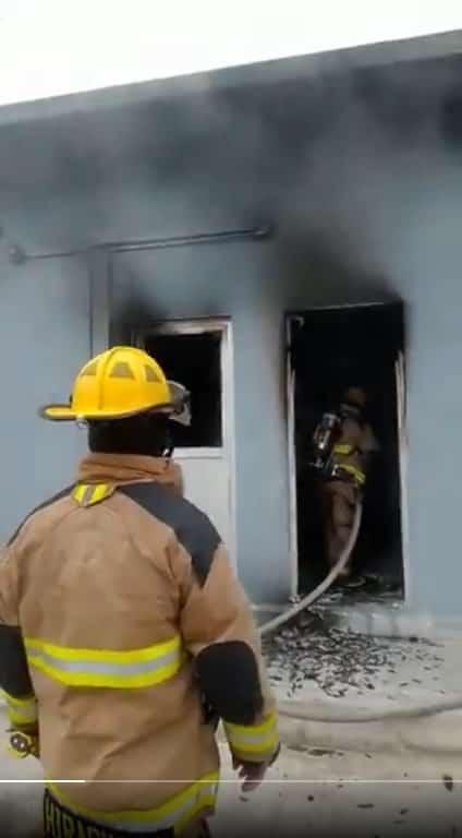 Se incendió una sub estación eléctrica dentro de un parque industrial