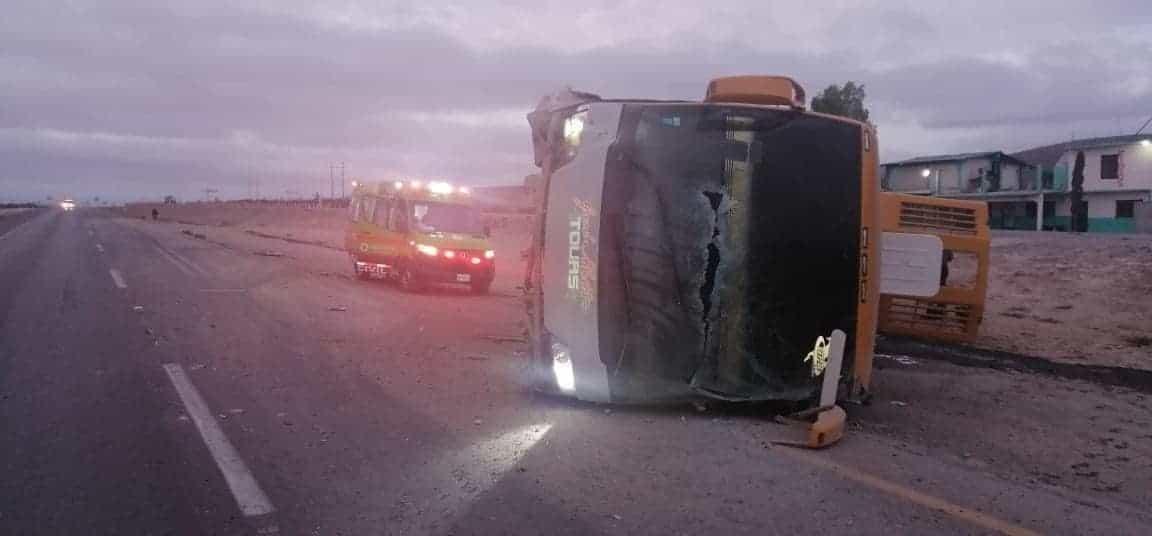 El accidente dejó un saldo de 15 lesionados, todos originarios de Honduras